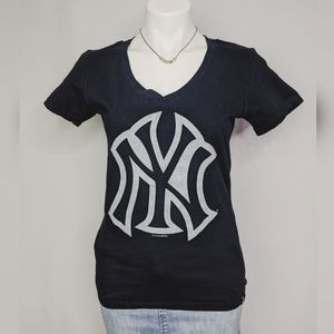 New York Yankees 5th & Ocean V Neck T Shirt Sz S
